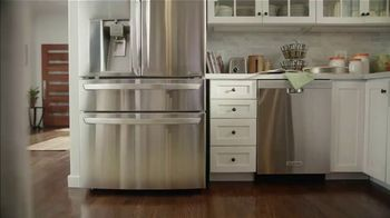 The Home Depot Labor Day Savings TV Spot, 'Cool Drinks & Homemade Treats: Samsung Laundry' - Thumbnail 1
