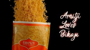 Bikaji TV Spot, 'Amitji Loves Bikaji: Bhujia' Featuring Amitabh Bachchan - Thumbnail 9