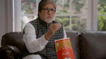 Bikaji TV Spot, 'Amitji Loves Bikaji: Bhujia' Featuring Amitabh Bachchan - Thumbnail 6
