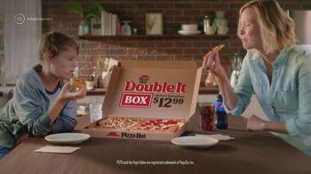 Pizza Hut Double It Box TV Spot, 'Feed the Whole Fam' - Thumbnail 7