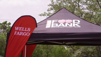 Wells Fargo TV Spot, 'Drive-Up Food Banks' - Thumbnail 5