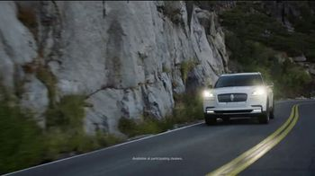Lincoln Motor Company TV Spot, 'Labor Day: How You'll Get There' Song by Mazelo Nostra [T2] - Thumbnail 5