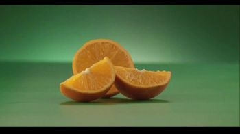 Tajín TV Spot, 'More Bueno: Oranges'
