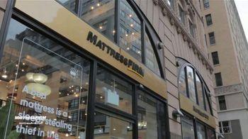 Mattress Firm TV Spot, 'The Pigeon Sent Me' - Thumbnail 8