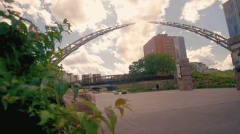 South Dakota Department of Tourism TV Spot, 'Governor Kristi Noem's Invitation' - Thumbnail 5
