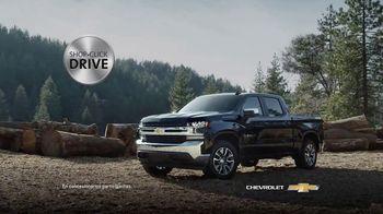 2020 Chevrolet Silverado TV Spot, 'Gasolinera' [Spanish] [T2] - Thumbnail 6