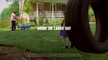 Lowe's TV Spot, 'Labor Day: Change Is in the Air: Mulch' - Thumbnail 8