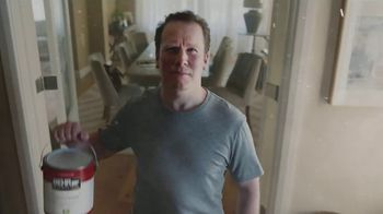 BEHR Paint Labor Day Savings TV Spot, 'The Wall' - Thumbnail 7