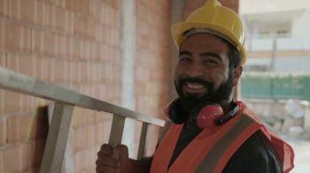 CareerBuilder.com TV Spot, 'We're Building For You' - Thumbnail 5