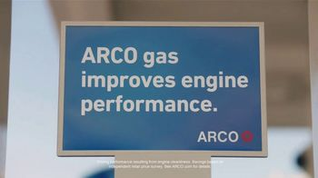 ARCO TV Spot, 'Engine Performance: Have Your Cake' - Thumbnail 5