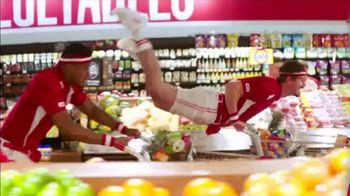 Winn-Dixie TV Spot, 'Red, White & Win: Roast and Snow Crab' - Thumbnail 2