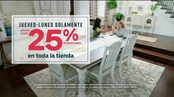 Ashley HomeStore Venta de Stars and Stripes TV Spot, 'Este fin de semana' [Spanish] - Thumbnail 6