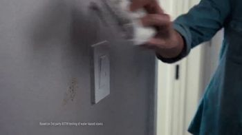 Lowe's TV Spot, 'Take Back Your Walls: Valspar' - Thumbnail 7