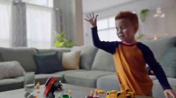 Big Lots Freedom to Save Sale TV Spot, 'Broyhill Sectionals' - Thumbnail 4