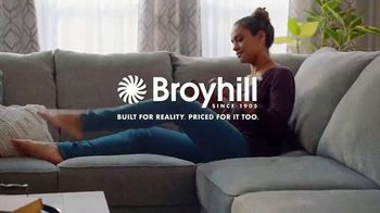 Big Lots Freedom to Save Sale TV Spot, 'Broyhill Sectionals' - Thumbnail 8