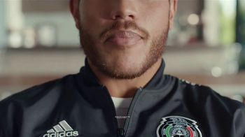 AT&T TV TV Spot, 'Ocean's Eleven' Featuring Jonathan dos Santos, Song by David Holmes