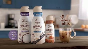 Coffee-Mate Natural Bliss Almond Milk Creamer TV Spot, 'Simplemente deliciosa' [Spanish] - Thumbnail 8