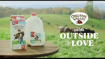Organic Valley TV Spot, 'It's Outside' - Thumbnail 9