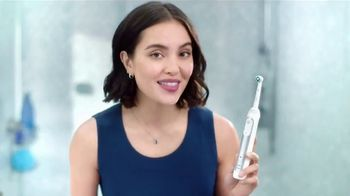 Oral-B TV Spot, 'Something Like This: Formulated Rinses' - Thumbnail 8