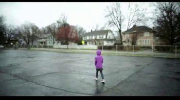 Hallmark TV Spot, 'Put More Care in the World' - Thumbnail 2