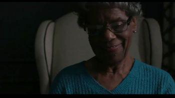 Hallmark TV Spot, 'Put More Care in the World' - Thumbnail 9