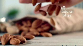 Coffee-Mate Natural Bliss Almond Milk Creamer TV Spot, 'Turning the Creamer World Upside Down' - Thumbnail 5