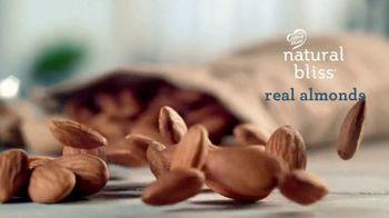 Coffee-Mate Natural Bliss Almond Milk Creamer TV Spot, 'Turning the Creamer World Upside Down' - Thumbnail 6