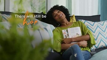 Ashley HomeStore TV Spot, 'Enjoy Home' - Thumbnail 9