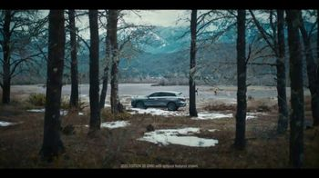 Infiniti QX60 TV Spot, 'Hockey' Song by Hannah Williams & The Affirmations [T2] - Thumbnail 2
