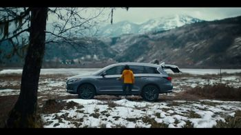 Infiniti QX60 TV Spot, 'Hockey' Song by Hannah Williams & The Affirmations [T2] - Thumbnail 8
