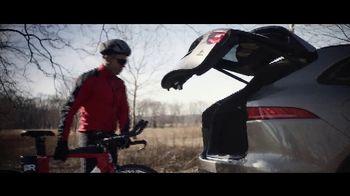 Jaguar F-PACE TV Spot, 'The New Faces of Jaguar: Kayper & Jimmy' [T2] - Thumbnail 7