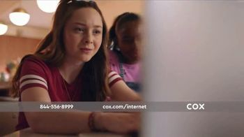 Cox Panoramic Wi-Fi TV Spot, 'New Advanced Technology' Song by Walter Martin - Thumbnail 2