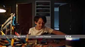 Cox Panoramic Wi-Fi TV Spot, 'New Advanced Technology' Song by Walter Martin - Thumbnail 7