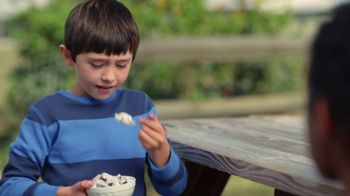 Breyers OREO Cookies and Cream TV Spot, 'Two Desserts' - Thumbnail 2
