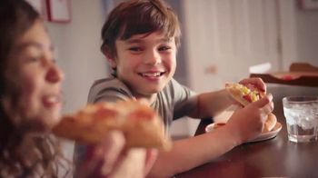 Pizza Hut TV Spot, 'Feed the Family'