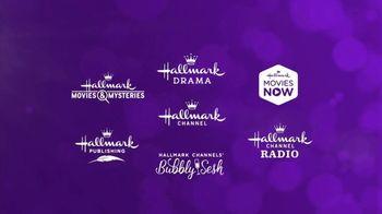 Hallmark TV Spot, 'Year Round Tradition' - Thumbnail 8