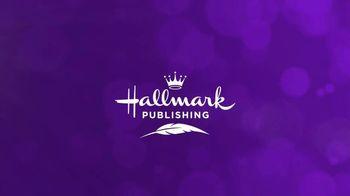 Hallmark TV Spot, 'Year Round Tradition' - Thumbnail 7