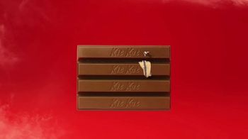 KitKat TV Spot, 'Skydiving' - Thumbnail 5