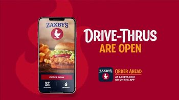 Zaxby's Fried Pickles TV Spot, 'Dill-icious' - Thumbnail 7