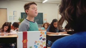 Jelly Belly TV Spot, 'Better Shared: Classroom' - Thumbnail 7