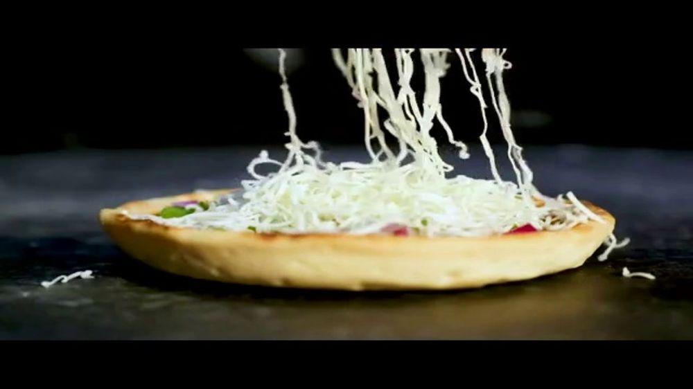 Deep Amdavad Bhakri Pizza TV Commercial, 'India's Famous Street Pizza'