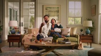 DIRECTV On Demand TV Spot, 'Over 65,000 Movies & Shows: Couple' - Thumbnail 3