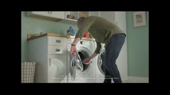 Lowe's TV Spot, 'Staying Home: Whirlpool White Load and Go Laundry Pair' - Thumbnail 5
