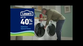 Lowe's TV Spot, 'Staying Home: Whirlpool White Load and Go Laundry Pair' - Thumbnail 6