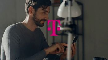 T-Mobile Connect TV Spot, 'Dar un gran paso' [Spanish] - Thumbnail 1
