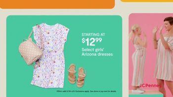 JCPenney TV Spot, 'Hop, Shop & Save: Arizona Dresses & Men's St. John's Bay Shirts' - Thumbnail 4