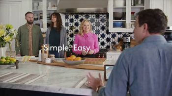 XFINITY Internet TV Spot, 'Open House: Get Up to 1 Gbps' Featuring Amy Poehler - Thumbnail 8