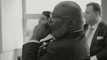 T.D. Jakes Foundation TV Spot, 'Tools to Be Successful' - Thumbnail 5