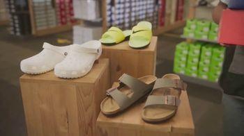 DSW Summer Sandal Sale TV Spot, 'Must Haves' - Thumbnail 6