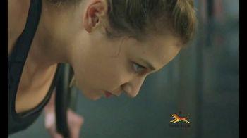 Tiger Balm Active TV Spot, 'Muscle Spray' Featuring Sasha Diguilian - Thumbnail 6